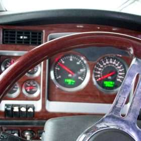 2008 Kenworth W900L with pre-emissions Series 60 Detroit engine for sale